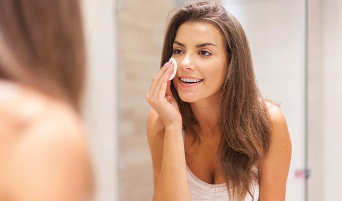 What to Consider Before Putting Make-Up