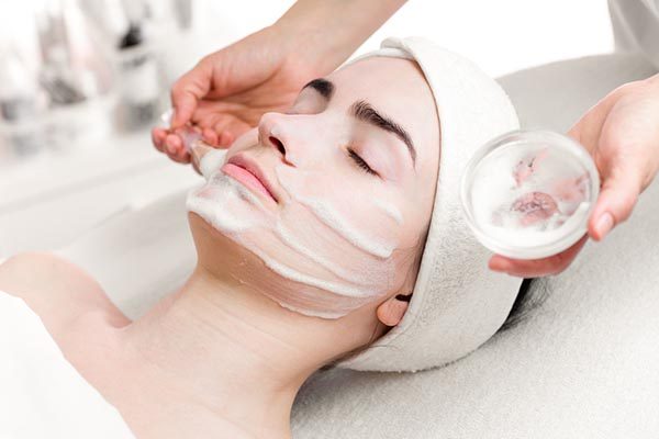 An Overview of Enzyme Peels for Your Face